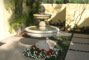 F-2 Egg and Dart Fountain